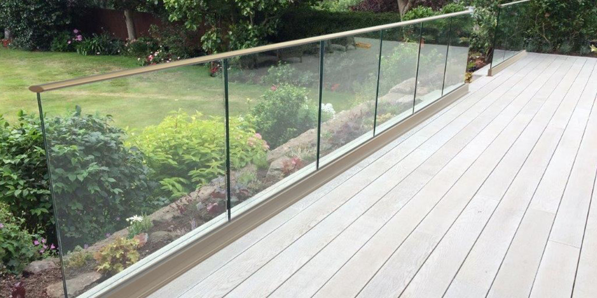 Glass Balustrade Outdoors
