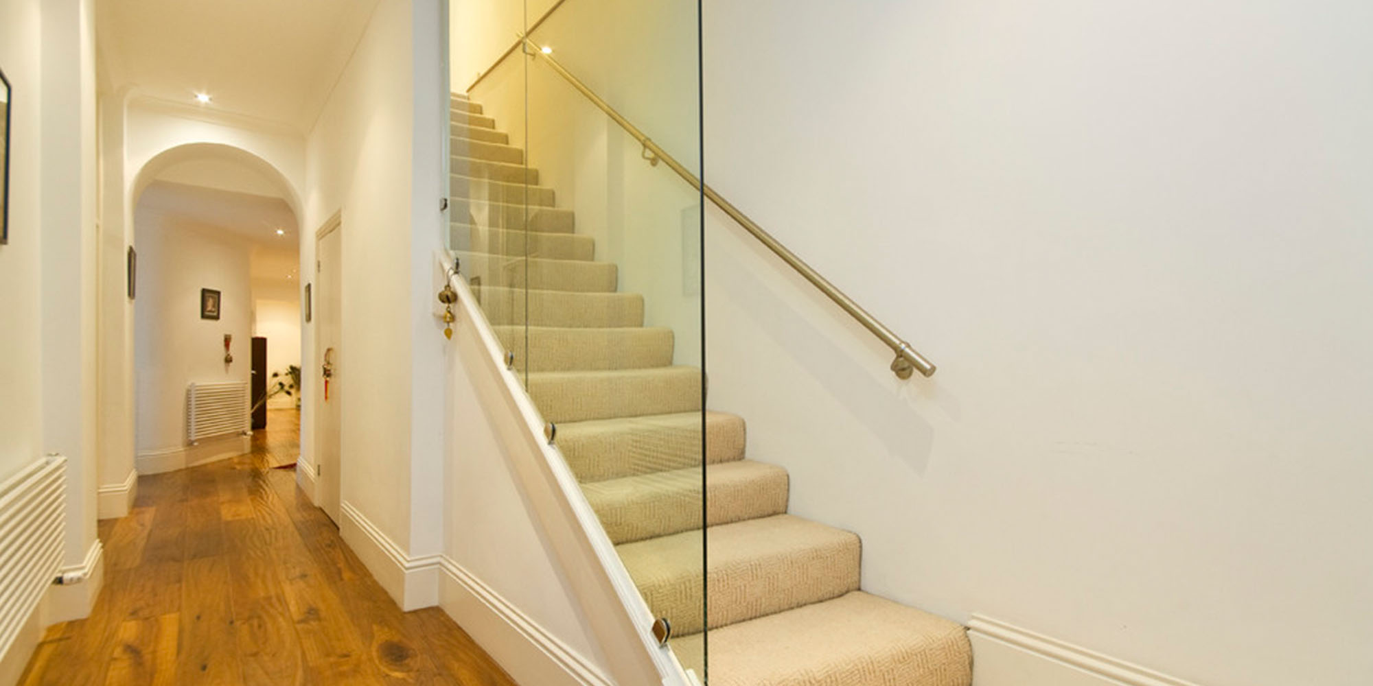 Glass Stairs Partition